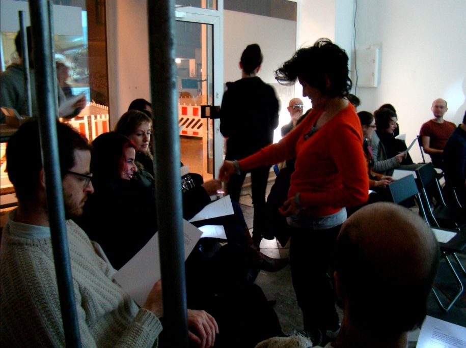 files/news/FUGITIVE_VOICES_collective_lecture_performance10.jpg